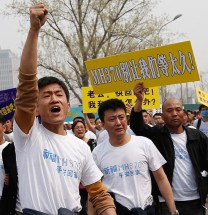 Chinese Families Protest Against Malaysian Airlines